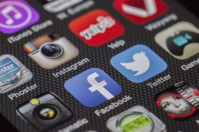 Facebook也要发币,社交们巨头备战加密货币领域